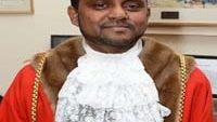 ইংল্যান্ডের লুটন সিটি মেয়র তাহির খান দেশে আসছেন মঙ্গলবার