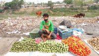 হবিগঞ্জে আবর্জনার জায়গায় কাঁচাবাজার : ব্যবসায়ীদের ক্ষোভ