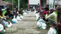 সুনামগঞ্জ সদর উপজেলা পরিষদের ঈদের করে চাল বিতরণ