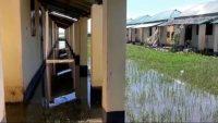 আজমিরীগঞ্জে আশ্রয়ণ প্রকল্পে পানি উঠায় ৫১টি পরিবারের ভোগান্তি